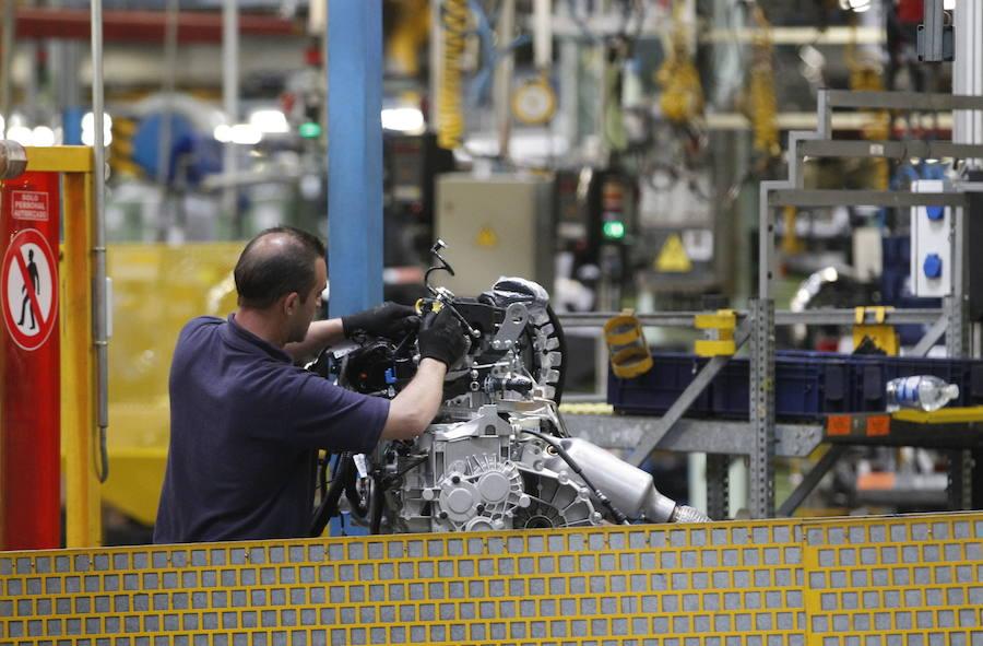 Ford Almussafes hará tres turnos extraordinarios de producción por un aumento de la demanda