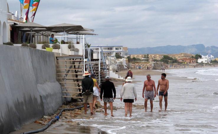 Fotos de la playa de Les Deveses en Dénia