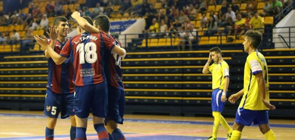 El Levante FS deleita con una goleada histórica para empezar