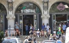 Un turista alemán de 27 años da una paliza a su novia en pleno centro de Valencia