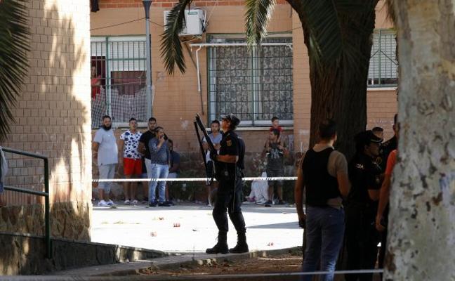 Dos peleas simultáneas en Paterna se saldan con tres heridos y nueve detenidos