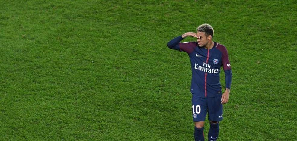 Neymar recupera en París su perfil más egocéntrico