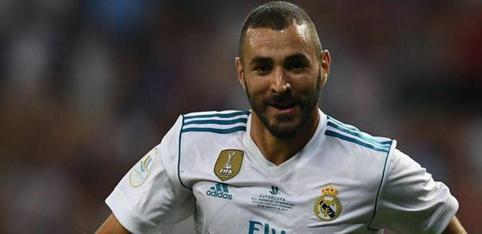 Benzema renueva con el Real Madrid