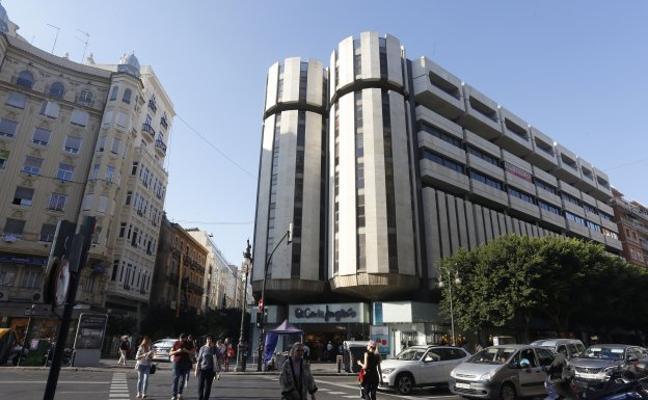 El Corte Inglés pone en venta uno de sus centros en la calle Colón de Valencia por 90 millones