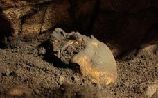 Descubren un cráneo completo de 5.000 años de antigüedad en la Cova del Randero de Pedreguer