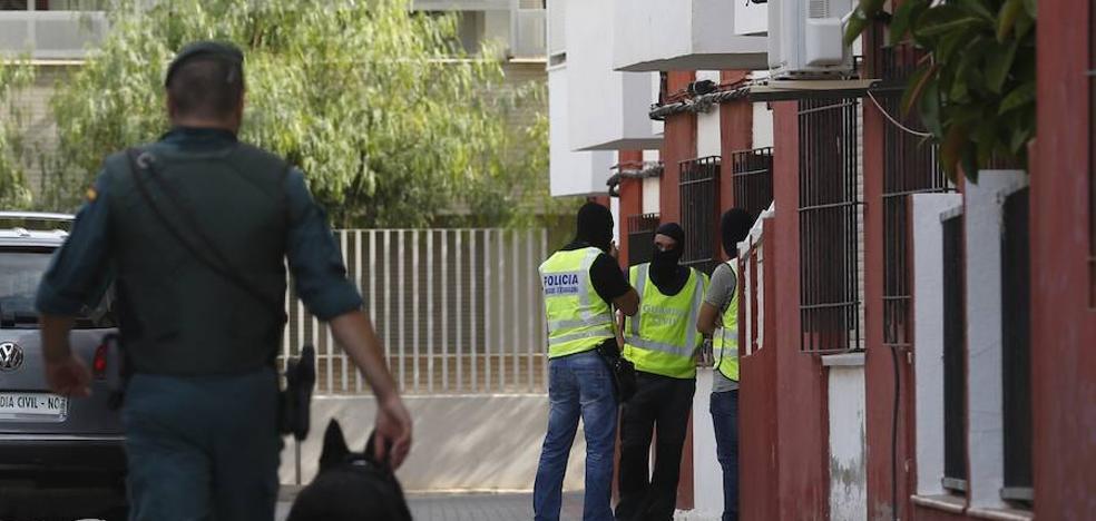 Tensión entre los vecinos de Vinaròs: «¿Sacamos a los niños del colegio?»