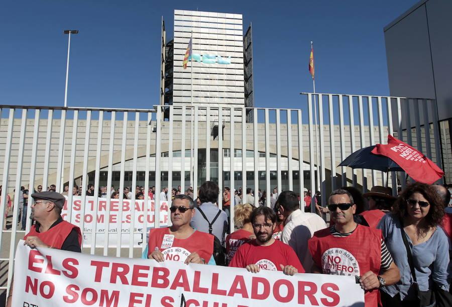 El Constitucional desestima el recurso del PSOE contra el cierre de RTVV