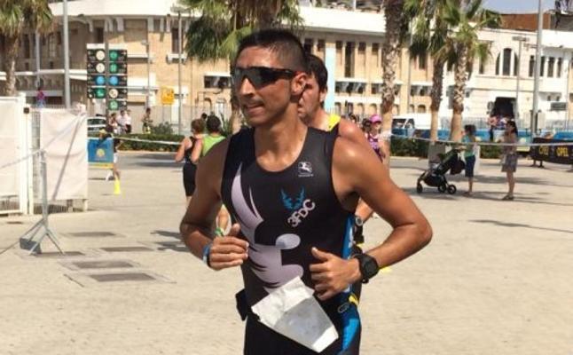 Juanjo Querol volvió a ser 'Queroly' dos décadas después en el Maratón de Valencia