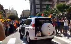 La Guardia Civil de Castellón parte hacia Cataluña entre gritos de apoyo