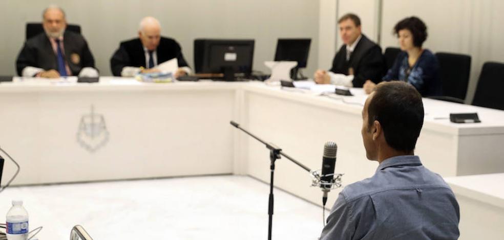 Juzgan al exjefe de ETA por el atentado frustrado en el cuartel de Comillas en 1997