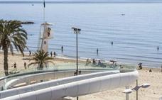 Fallece un hombre de 62 años mientras se bañaba en la playa de El Postiguet