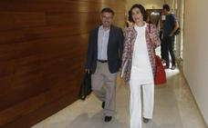 Carmen Montón justifica la presencia de Ximo Puig en la negociación con el IVO por ser «una cuestión de gobierno»
