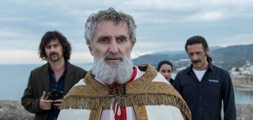 'El Ministerio del Tiempo' emite un capítulo rodado en Peñíscola con el Papa Luna entre los protagonistas