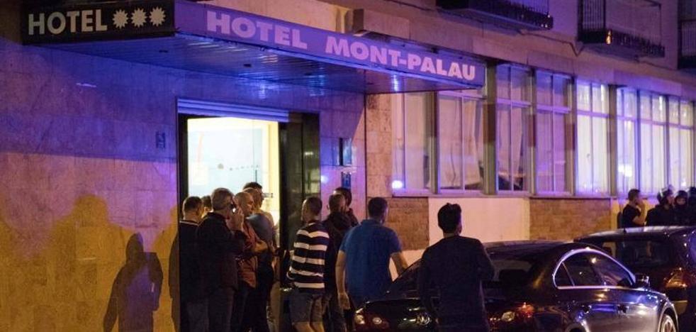 Rajoy ordena a los policías permanecer en los hoteles