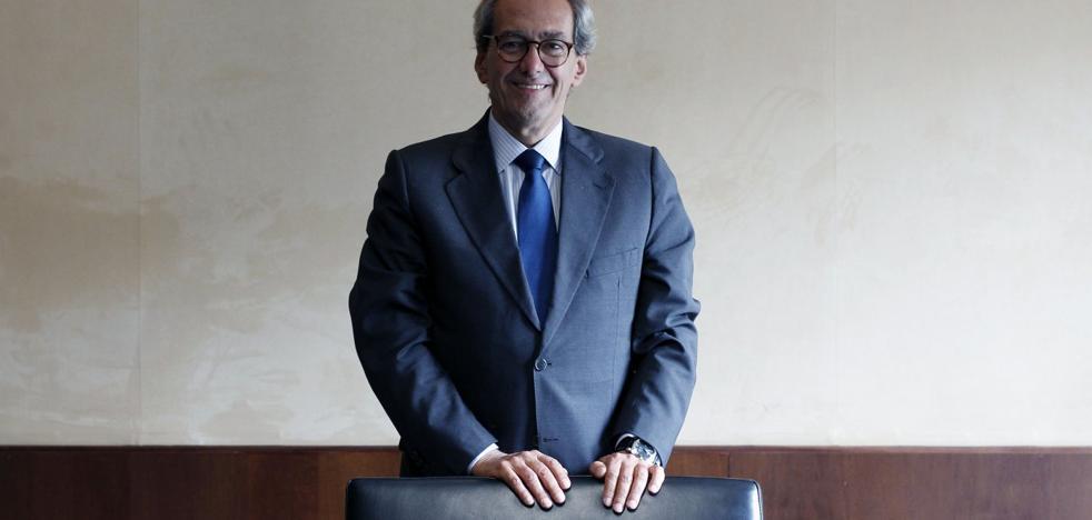 José Manuel González-Páramo, Consejero ejecutivo del BBVA: «La incertidumbre retrasa inversiones importantes y decisiones que crean empleo»