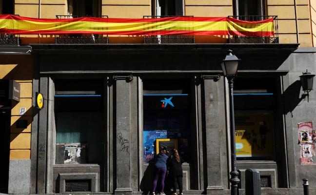 CaixaBank y Sabadell, a un paso de recuperar su cotización previa al referéndum