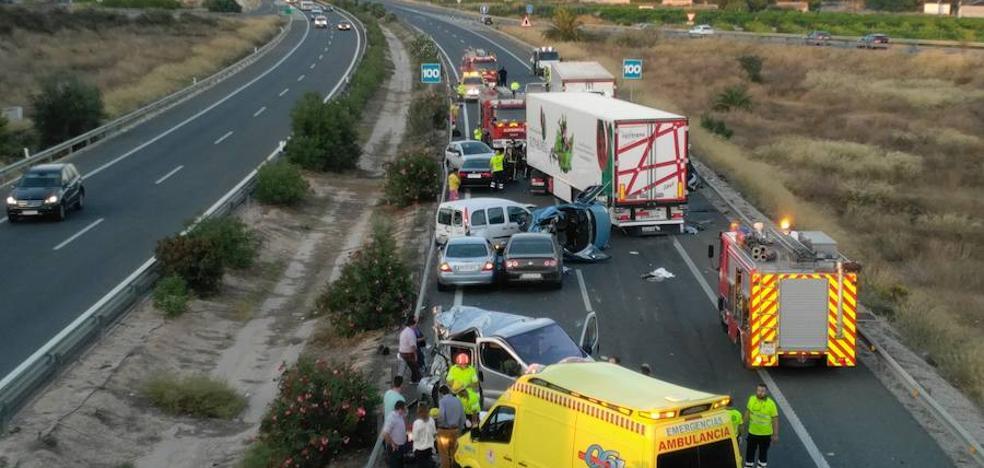 Cinco muertos después de un accidente múltiple en Murcia