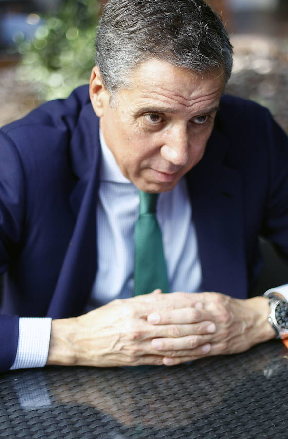 Eduardo Zaplana reaparece con motivo del 9 d'Octubre