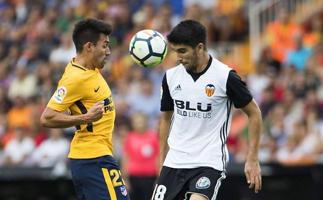 Celades vuelve a apostar por Carlos Soler en un día clave para la selección sub-21