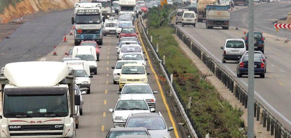 La Comunitat espera 2,7 millones de desplazamientos en la operación salida por el puente de El Pilar