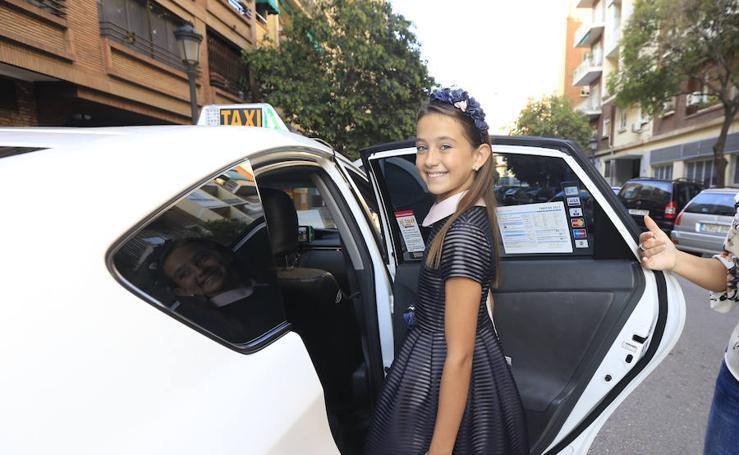 Fotos de un día con la fallera mayor infantil de Valencia 2018, Daniela Gómez de los Ángeles