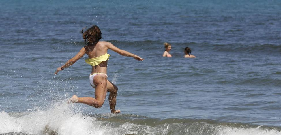 El mar en la Comunitat supera en 2 grados la temperatura habitual en octubre