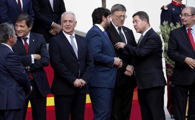 Ximo Puig asiste al Desfile del 12 de Octubre en Madrid