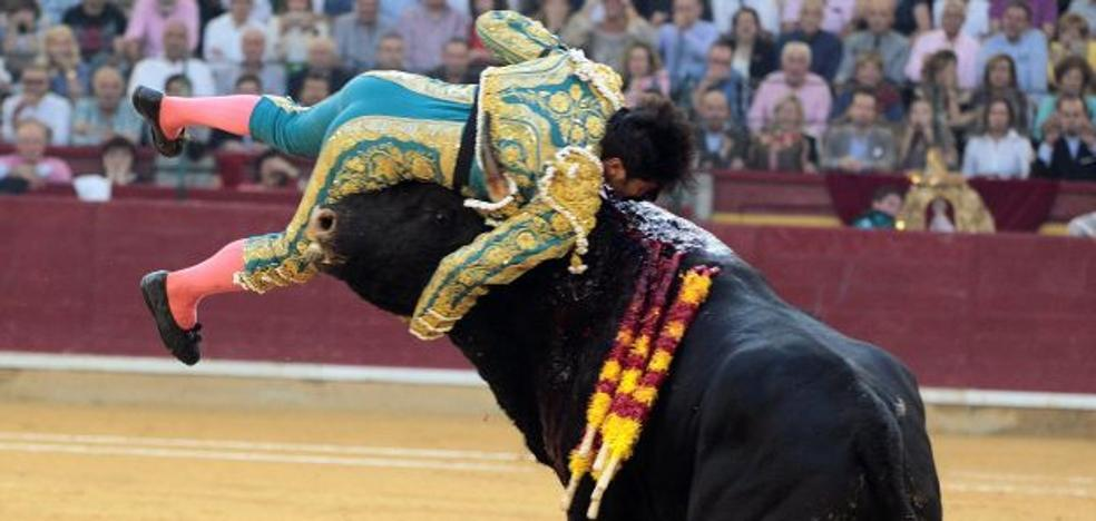 Cayetano evoluciona bien de la cornada sufrida en Zaragoza