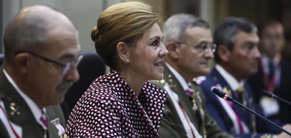 Cospedal no cree «necesaria» la intervención militar en Cataluña