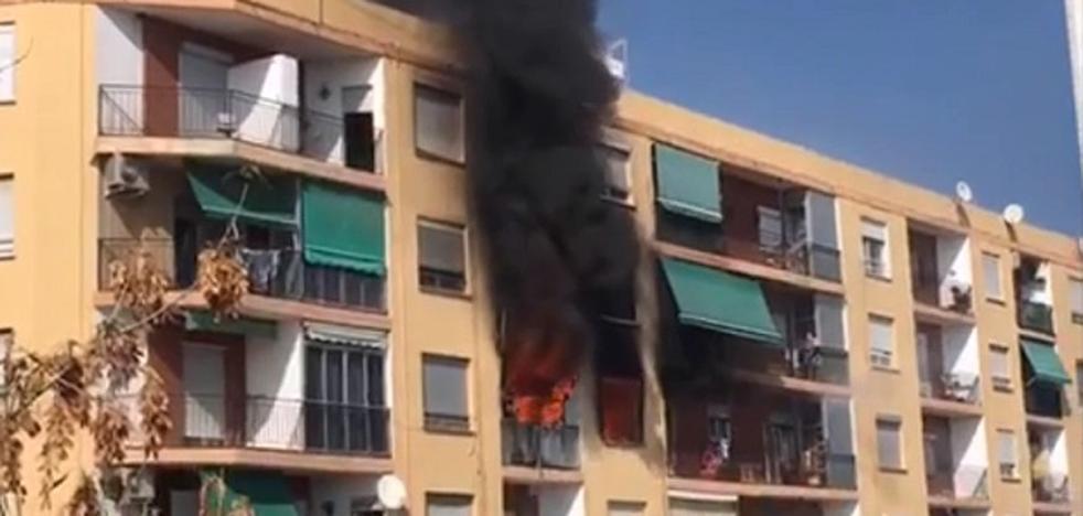 Un muerto y cuatro heridos en el incendio de una vivienda en Puçol
