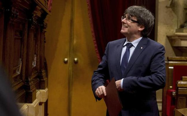 Puigdemont baraja una respuesta ambigua a Moncloa