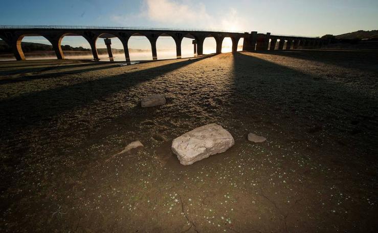 Fotos de los pantanos secos en el arranque de octubre