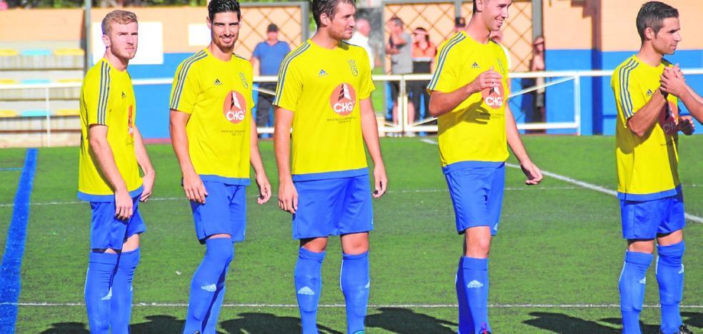 El Dénia busca la victoria ante un sorprendente CF Muro