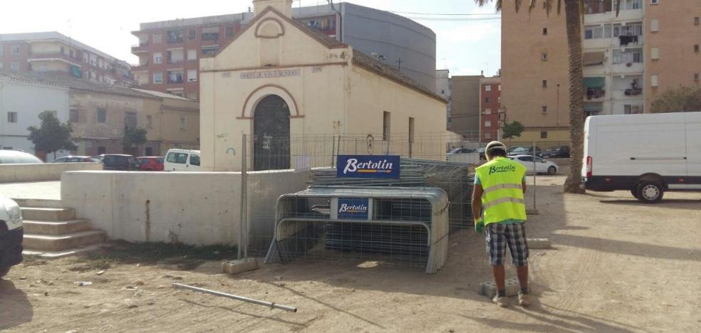 Vecinos de Orriols exigen al Consistorio que valle el nuevo parque de la Ermita