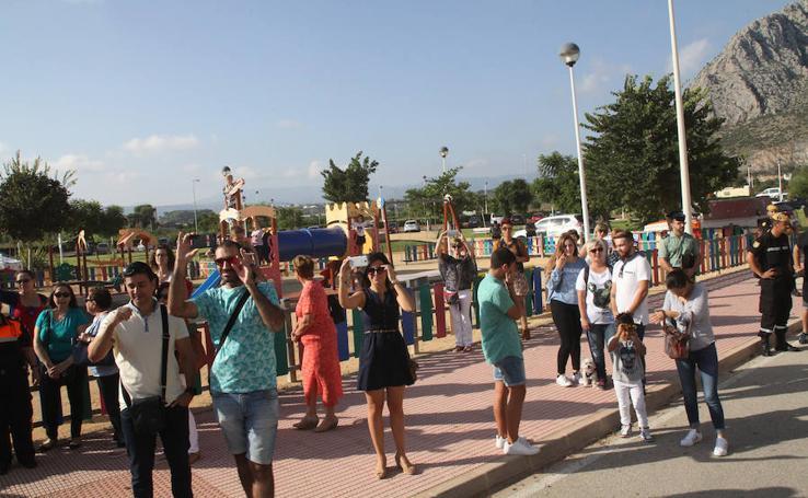El Verger rinde homenaje a los héroes de la riada del Girona 10 años después