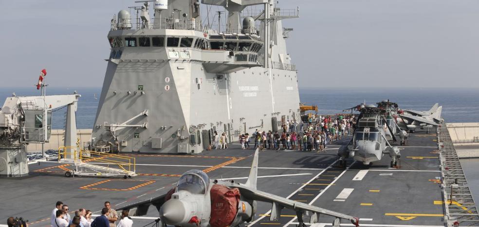 Los valencianos arropan la joya de la Armada