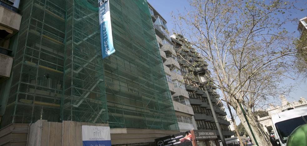 El Ayuntamiento de Valencia acumula 1.200 licencias pendientes para nuevas obras y negocios