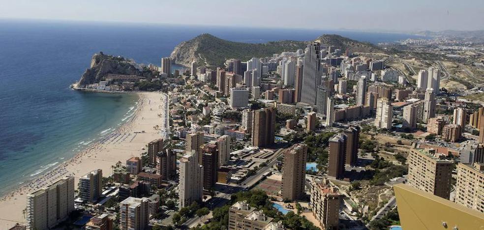 El Sabadell vende dos hoteles en Valencia y Benidorm