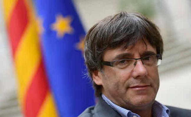 Rajoy da a Puigdemont la última oportunidad para frenar una intervención de la autonomía