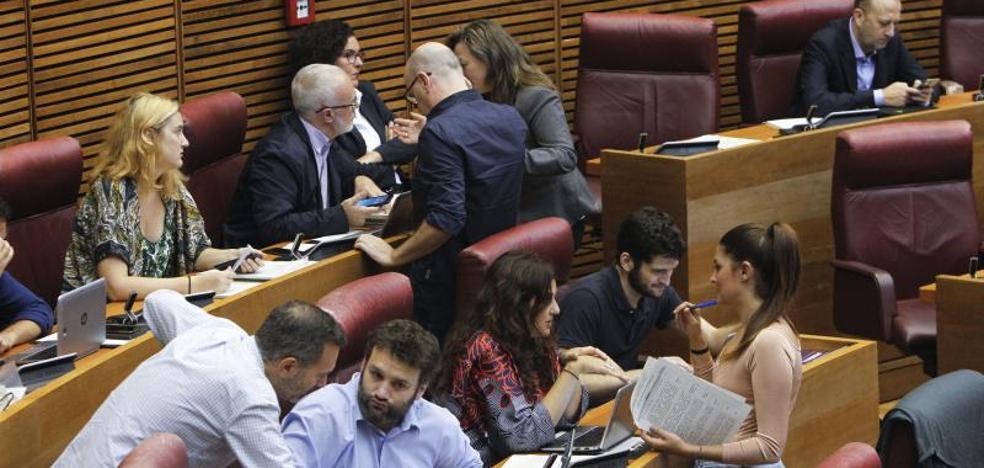 Sin acuerdo en Les Corts para condenar las agresiones del 9 d'Octubre