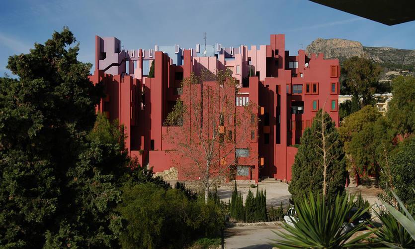 Fotos de la 'Muralla roja' de Calpe