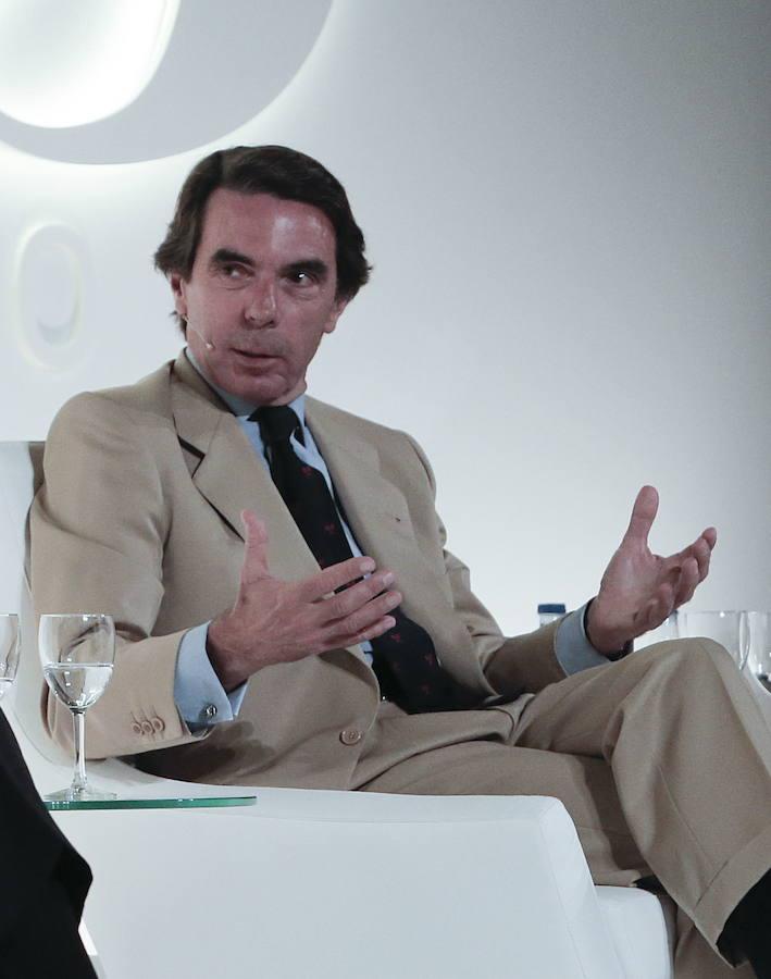 Aznar rechaza una reforma constitucional que dé al secesionismo «a plazos» lo que ahora el Estado no quiere negociar