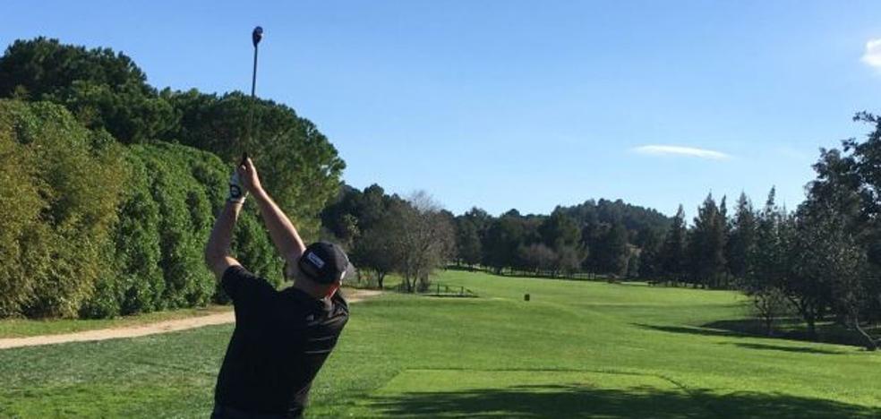 Jugar al golf alarga la vida al menos 5 años más