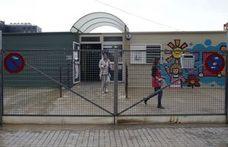 El Ayuntamiento de Valencia pretende solucionar con toldos solares el calor en las aulas