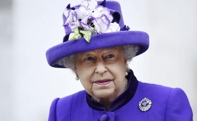 Meghan va a Buckingham y conoce por fin a Isabel II