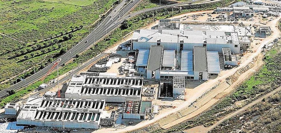 La desalinizadora de Torrevieja funciona al 25% pese a costar 300 millones