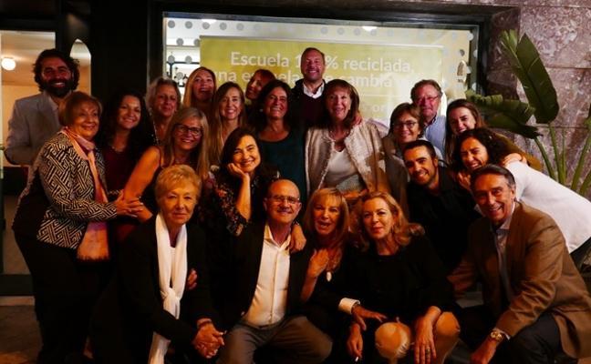 Cena con cubiertos solidarios en Valencia