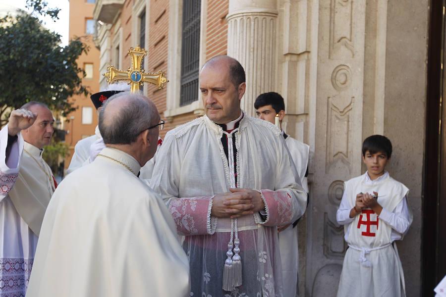 Fotos del acto de Investidura de nuevos Caballeros y Damas de la Orden del Santo Sepulcro en la Catedral de Valencia