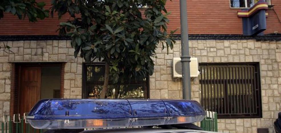 Investigan la muerte de un hombre tras recibir garrotazos de un anciano en una residencia de Manises
