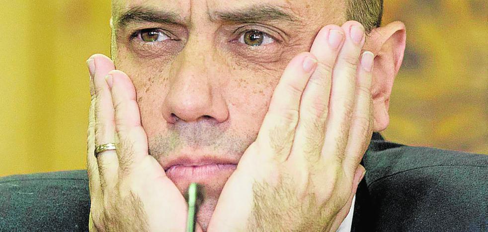 ¿Qué pasa en Alicante? El alcalde, al borde del KO